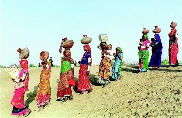 Women Amp Water Girls Globe