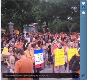 Pro-choice crowd outside Texas Capitol. Image courtesy of shortformblog.com