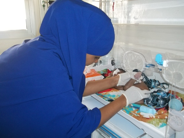 Midwifery students work tirelessly to help mothers and their babies in Somaliland.