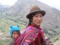 Mom and child in peru